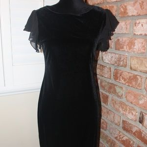 Beautiful Vintage Black Velvet Dress